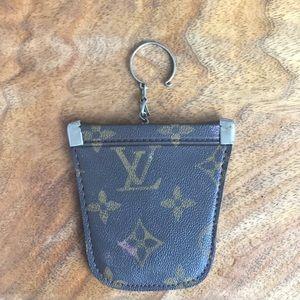 Louis Vuitton change purse